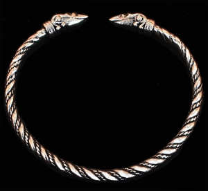 bt_4mm_raven_head_bracelet_bronze